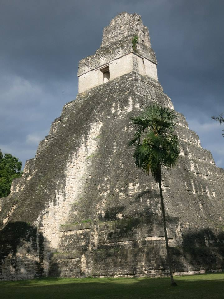 travelicia-travel-and-adventure-blog-interview-with-feli-travelbook-blogstars-boomads-Tikal-Guatemala